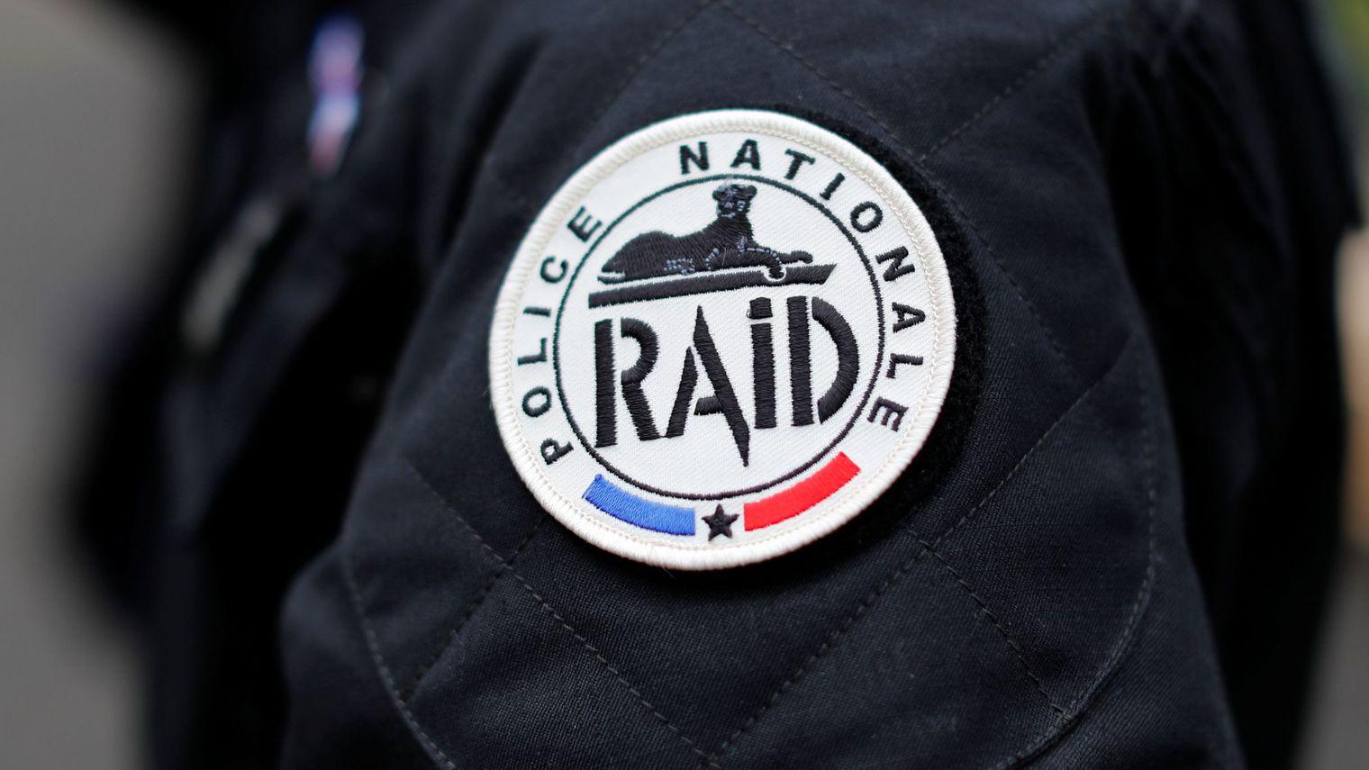 Soupçonnées de vouloir attaquer des musulmans, 10 personnes arrêtées